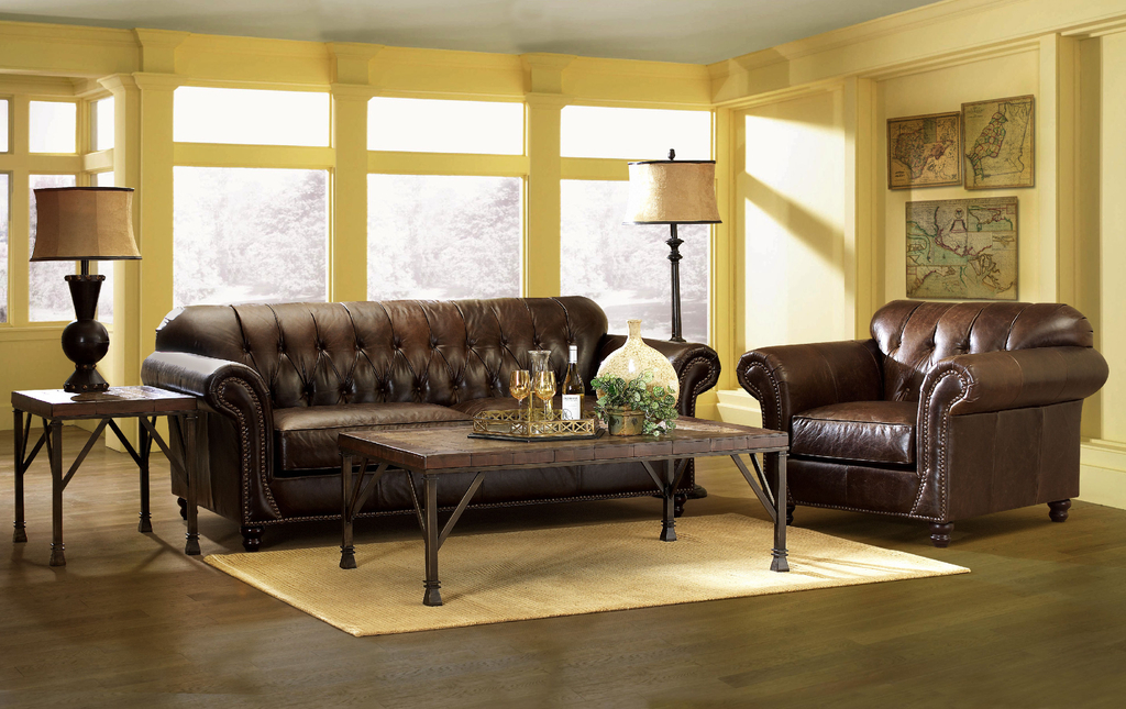 Classic Leather Chairs For Living Room (Image 7 of 27)
