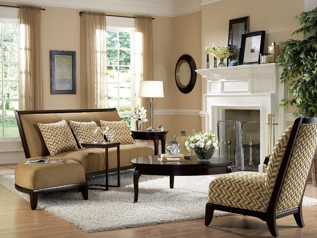 Classic Leather Chairs For Traditional Living Room (Image 8 of 27)