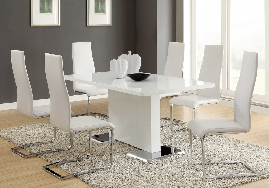 Contemporary Dining Room With Leather Chairs (Image 9 of 27)