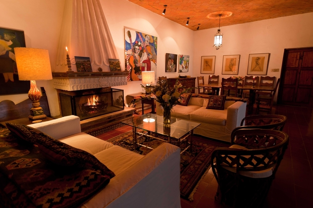 Open Space Living Room And Dining Room With Persian Rugs (Image 12 of 24)