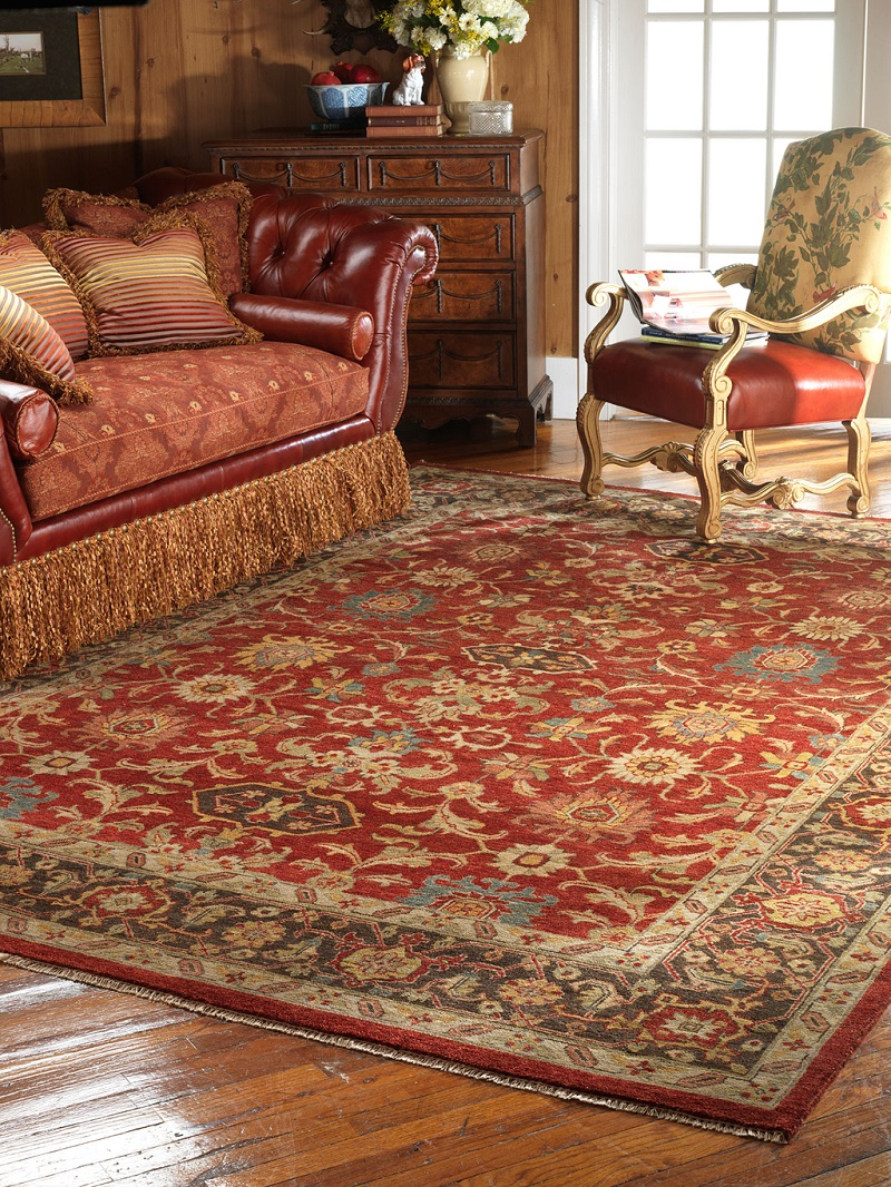 Oriental Rug Decor For Classic Living Room (Image 14 of 24)