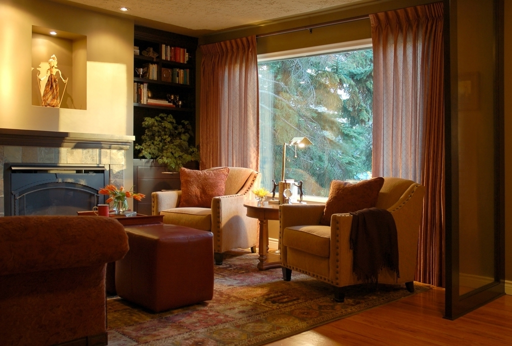 Traditional Living Room With Oriental Rugs (Image 23 of 24)