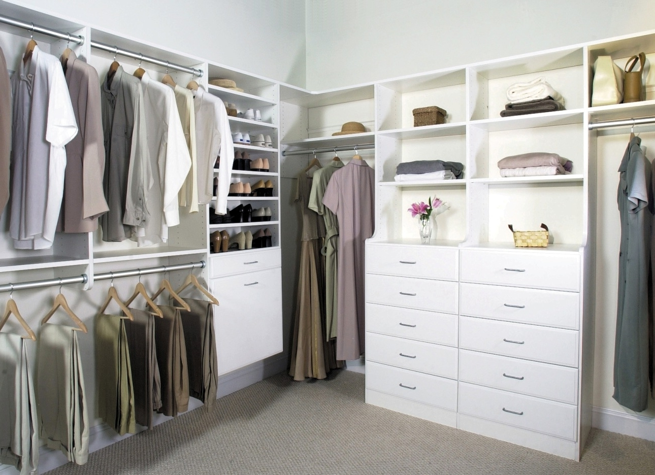 Featured Image of Latest Closet Shelving Ideas