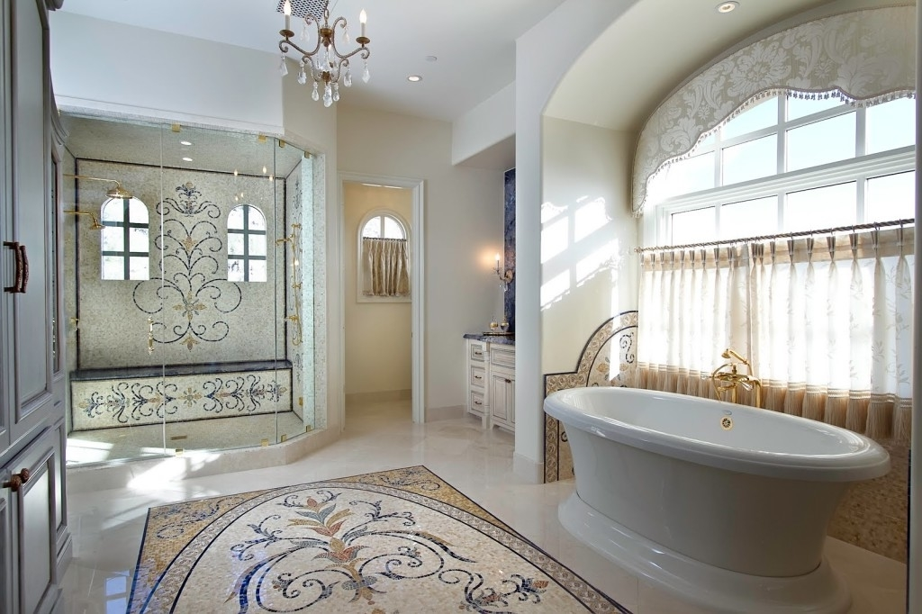 Best Classic Luxury Bathroom Architecture (Image 1 of 8)