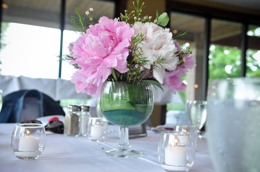 Best Flower Wedding Centerpieces Decor (Image 1 of 13)