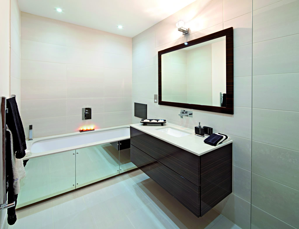 Contemporary 6×8 Bathroom Interior (View 6 of 12)