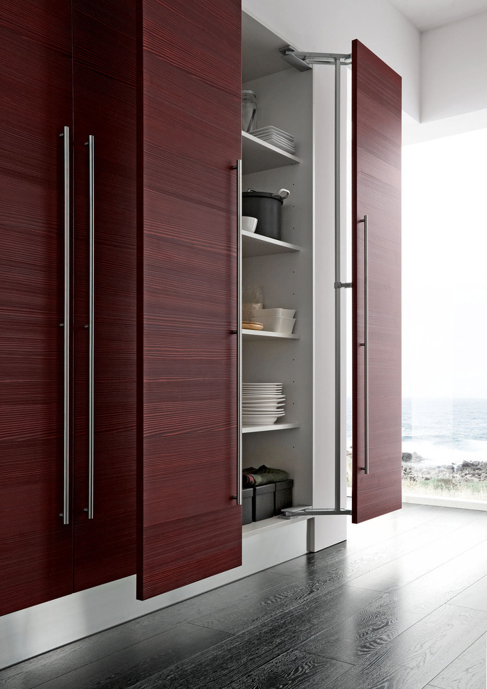 Contemporary Kitchen Cabinet With Large Door Handle (Image 5 Of 12)