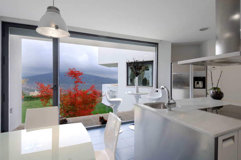 Contemporary Open Kitchen With Dining Room (View 7 of 13)