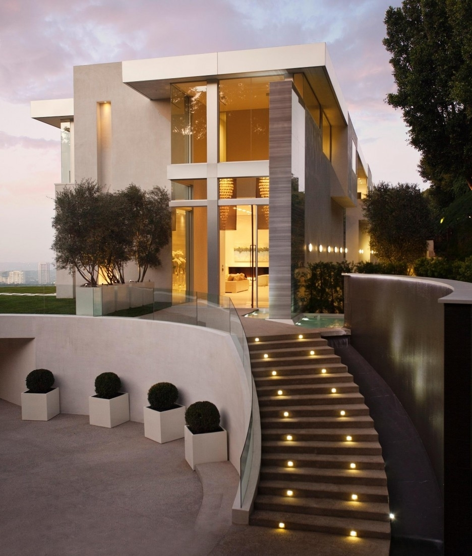 Contemporary Outdoor Stairs With Lighting (Image 2 of 5)