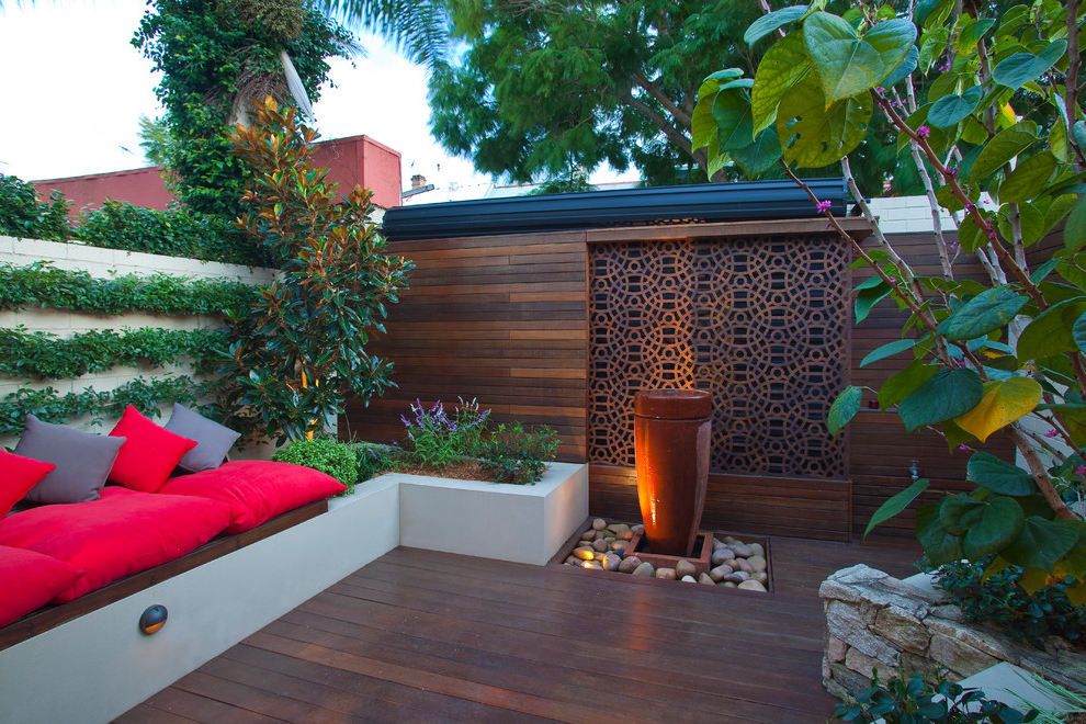 Modern Wall Decor For Patio : Tropical backyard ideas for beautiful view house