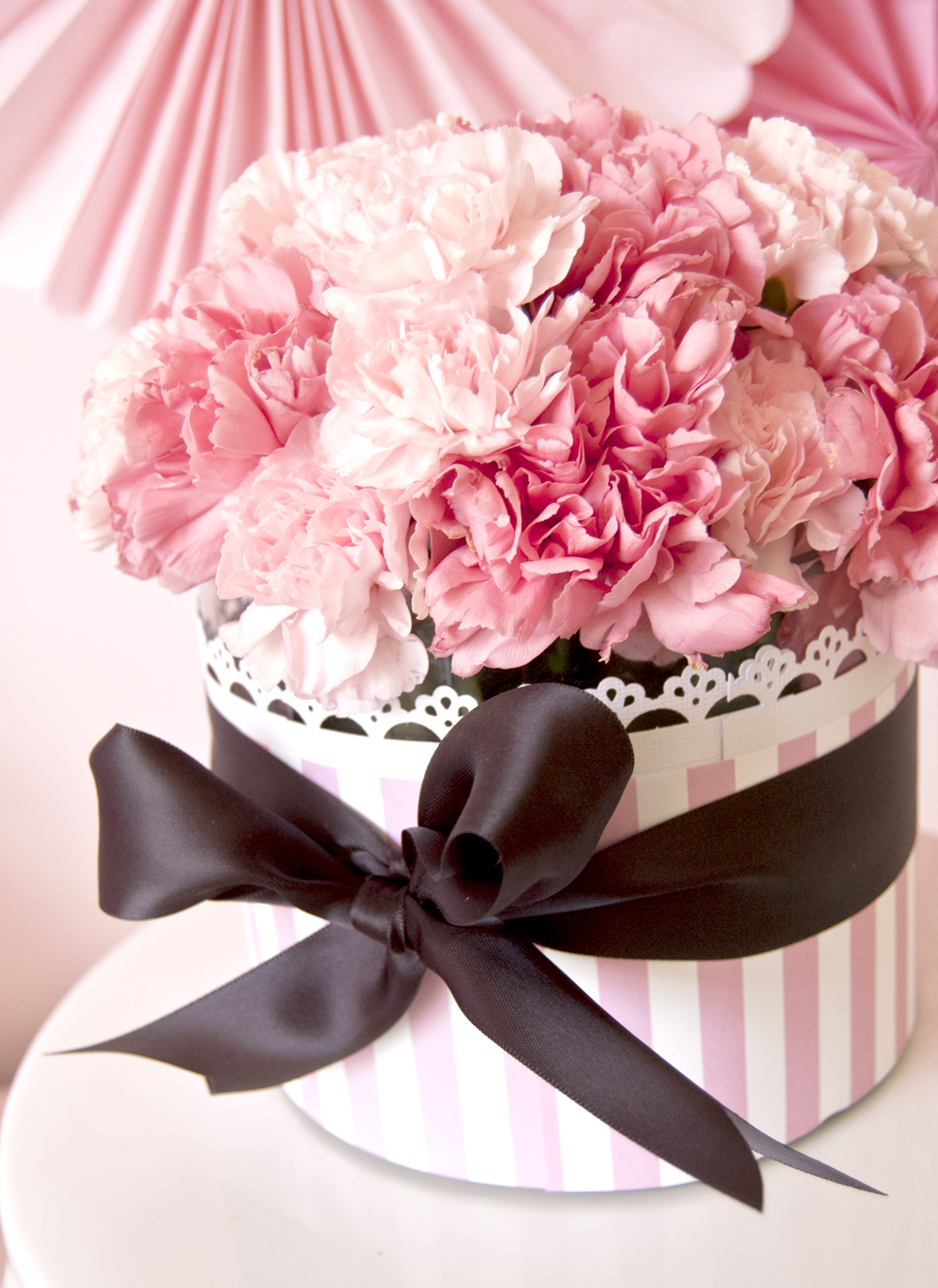 Cute Pink Flower Wedding Centerpieces Ideas (Image 4 of 13)