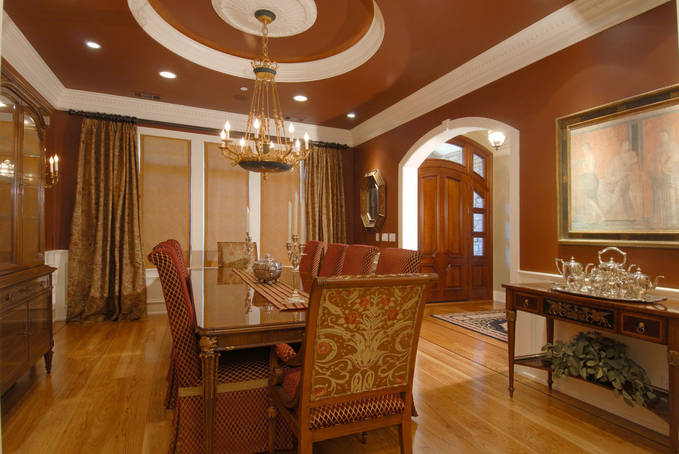European Formal Dining Room In Neutral Color (Image 13 of 30)