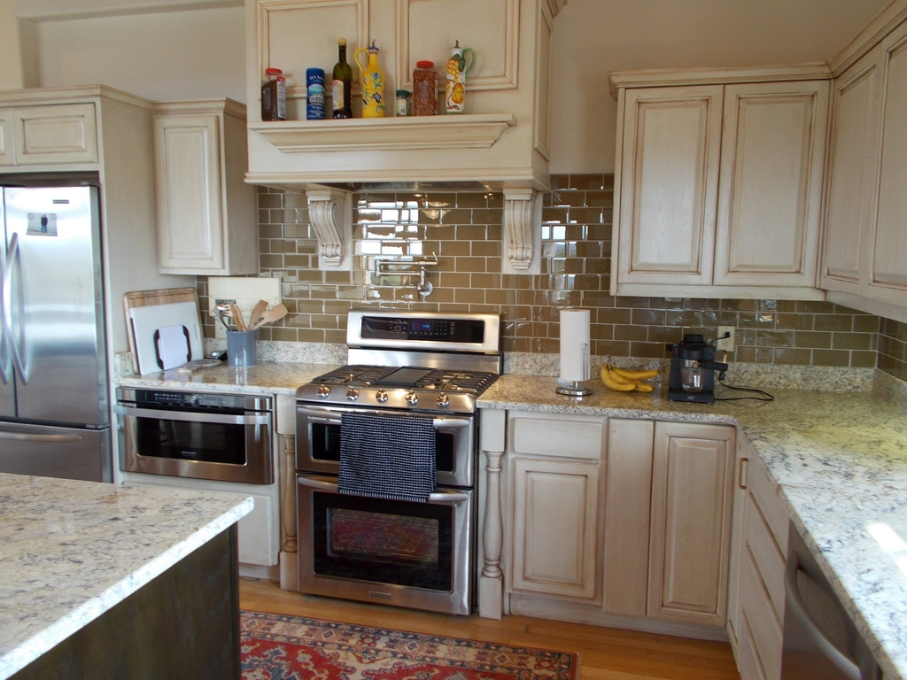 Kitchen Countertops With White Cabinets Remodel (View 10 of 12)