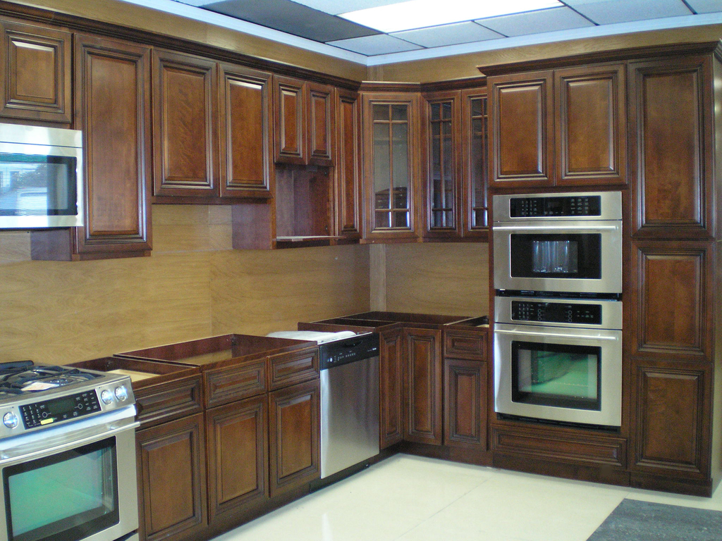 Kitchen Cupboard Installation Ideas (Image 8 of 20)