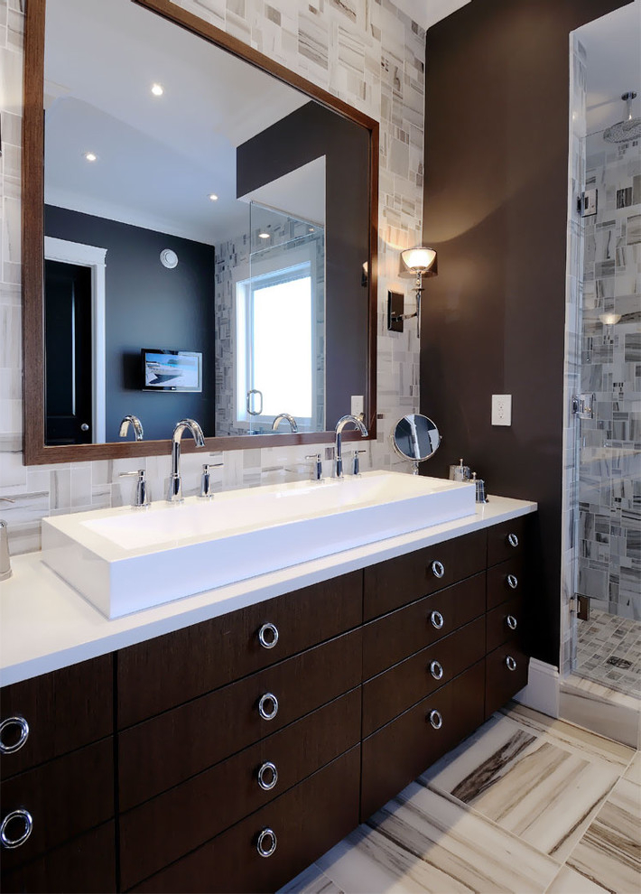 Large Bathroom Mirrors With Lights For Luxury Look (Image 9 Of 16)