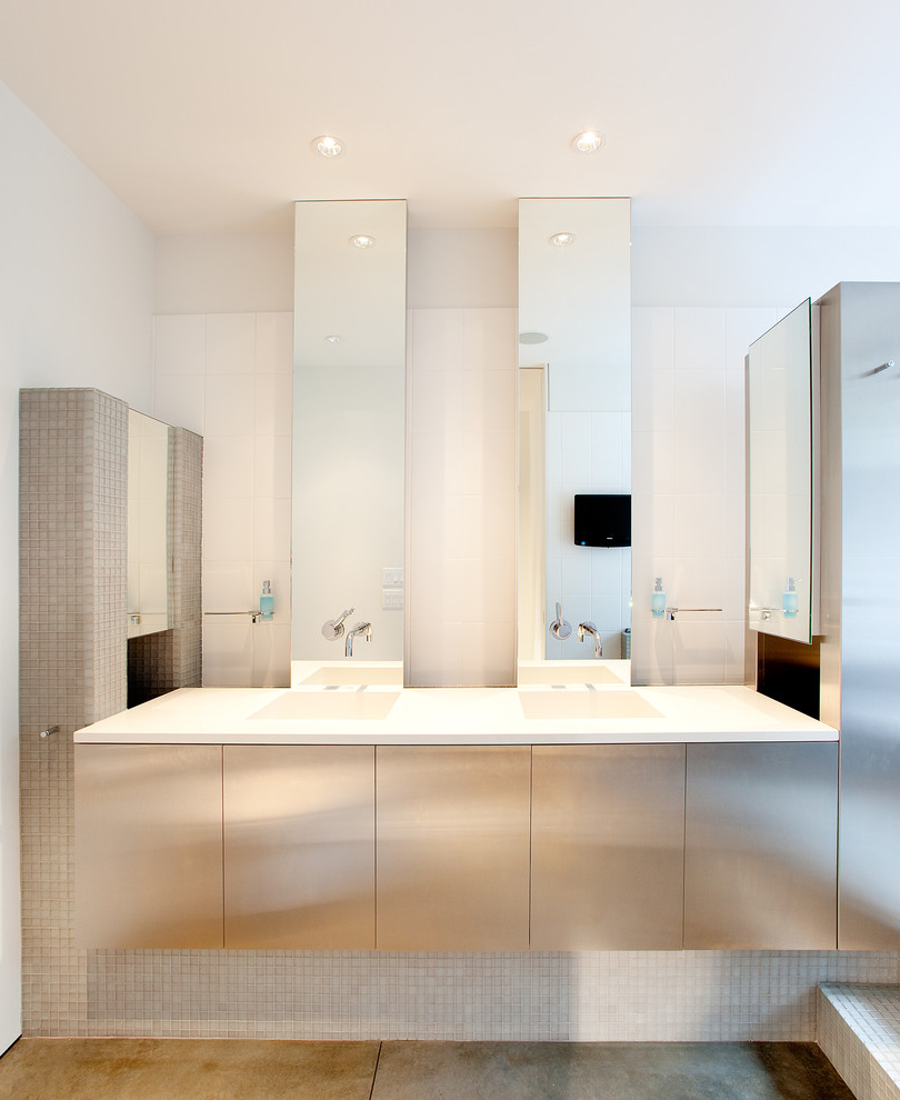 Luxury Metal Bathroom Vanity Cabinet (Image 4 of 8)