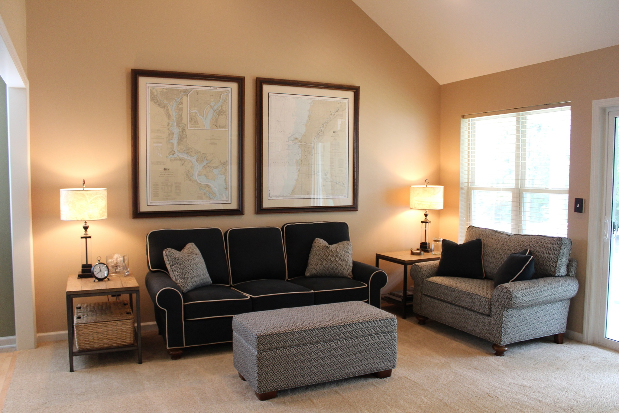 Neutral Living Room Interior Paint (Image 1 of 12)