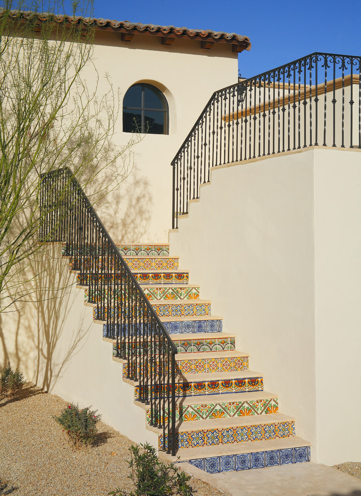 Outdoor Mosaic Tiled Stairs Design (Image 5 of 5)