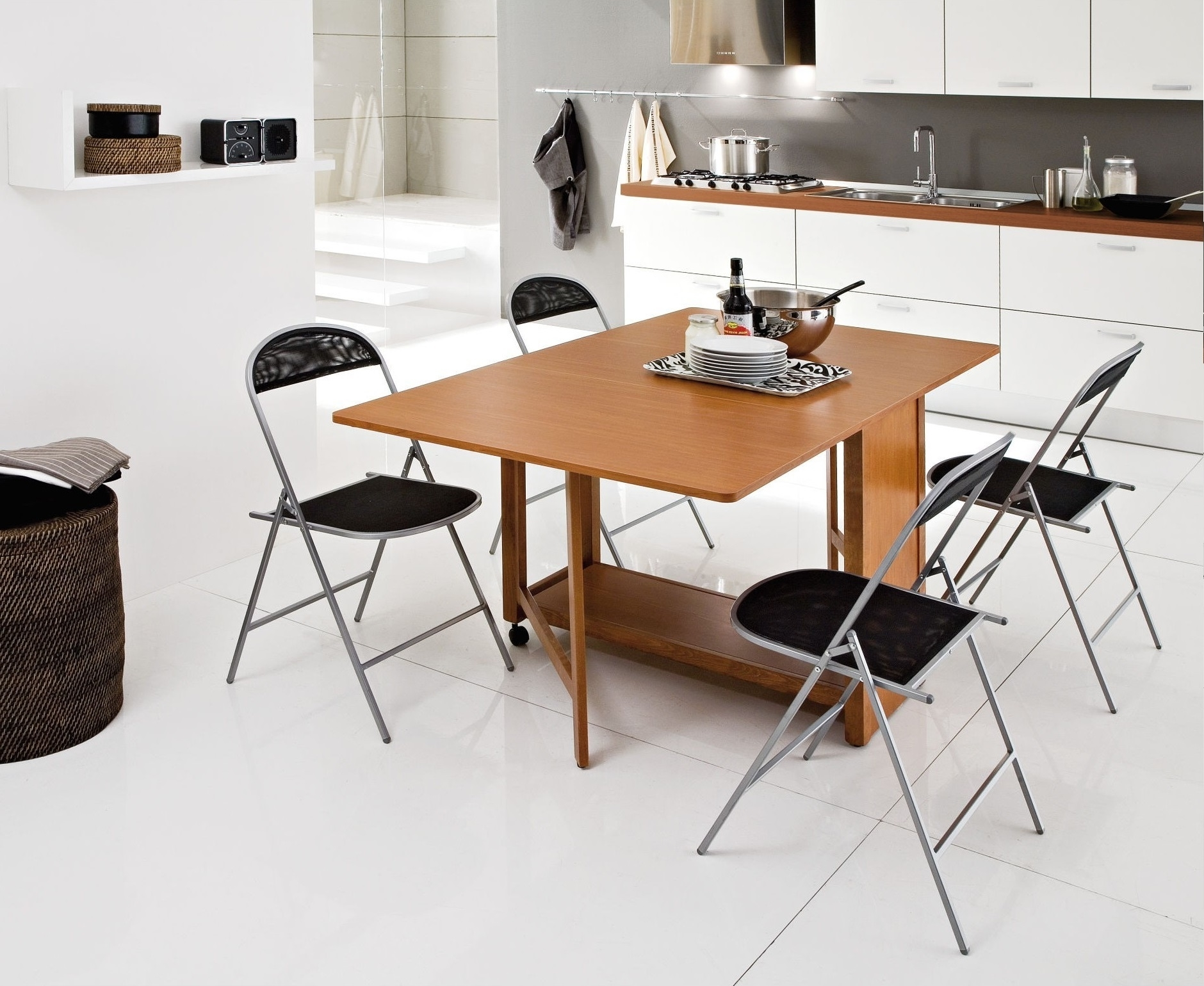 Trendy Folding Tables And Chairs Set For Dining Room (Image 18 of 20)
