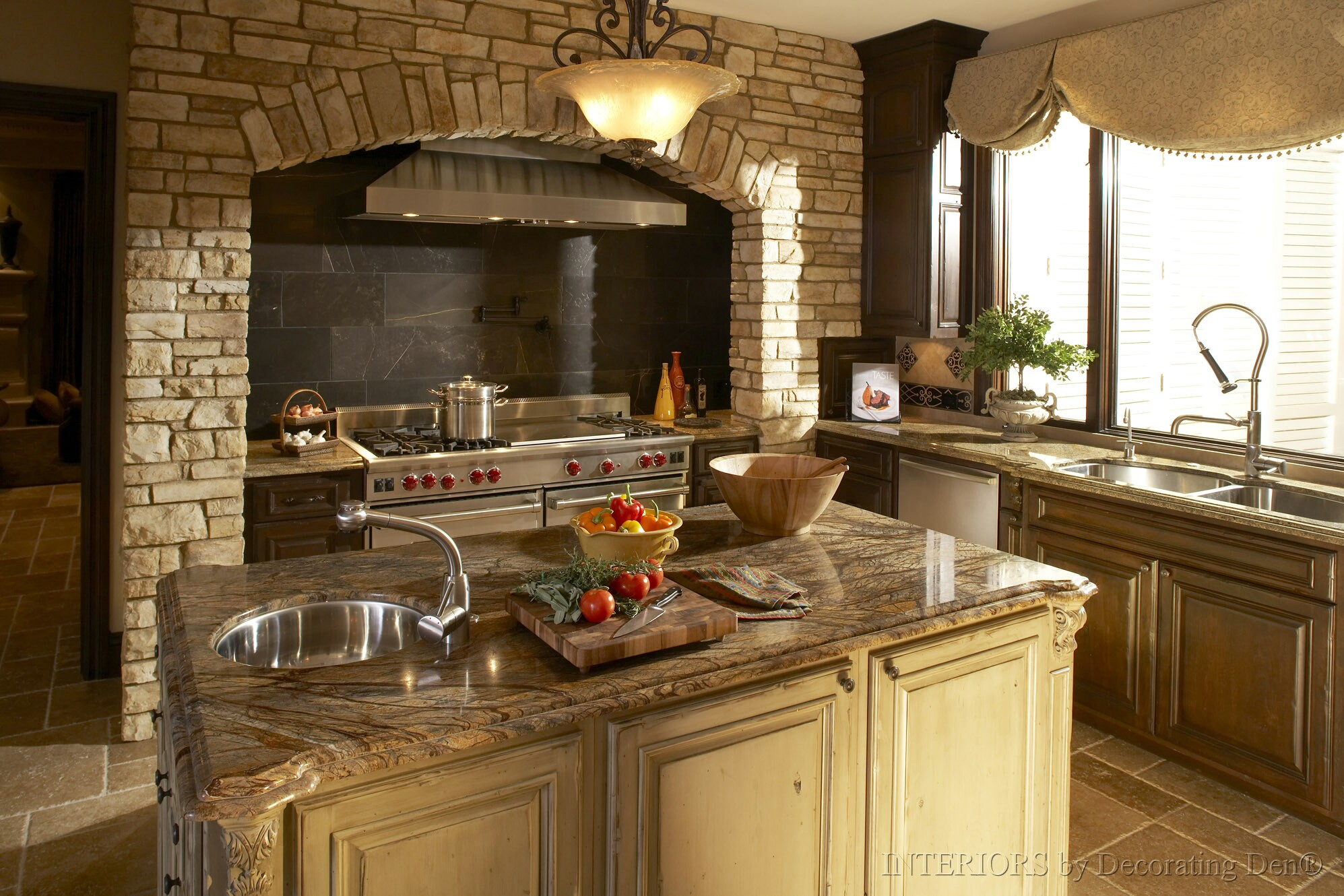 Type Window Tuscan Stylish Kitchen (Image 8 of 8)