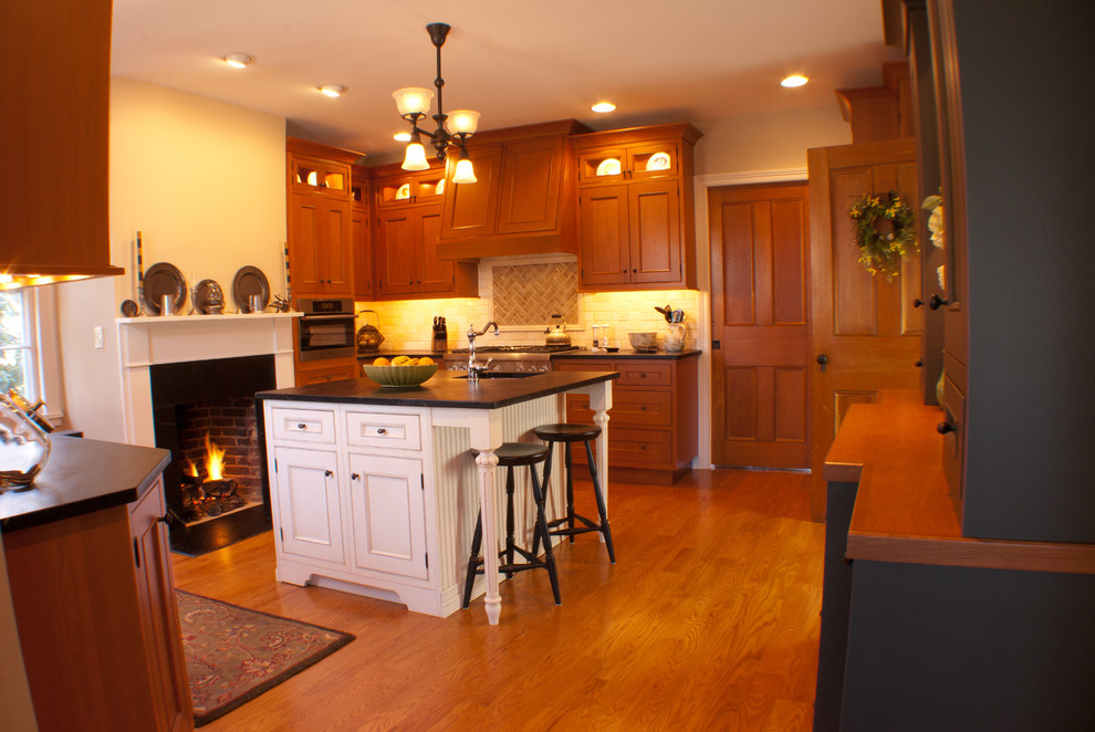 Victorian Kitchen Design With Fireplace (Image 3 of 8)