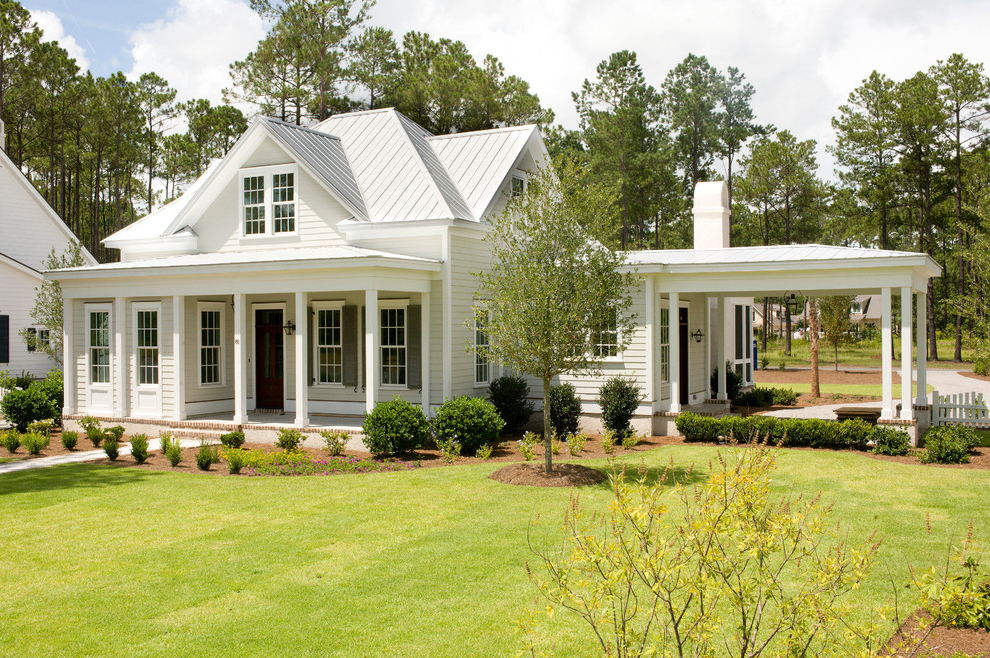White House Exterior Paint Color For Attractive View (Image 11 of 12)