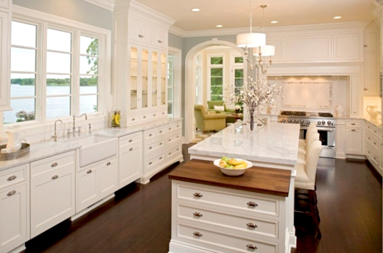 Antique White Kitchen Cabinets (Image 5 of 10)