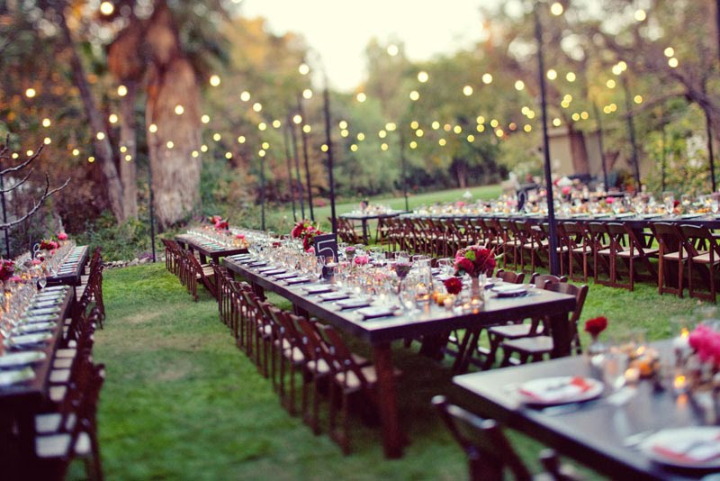 Backyard Cheap Wedding Reception Ideas (Image 1 of 10)