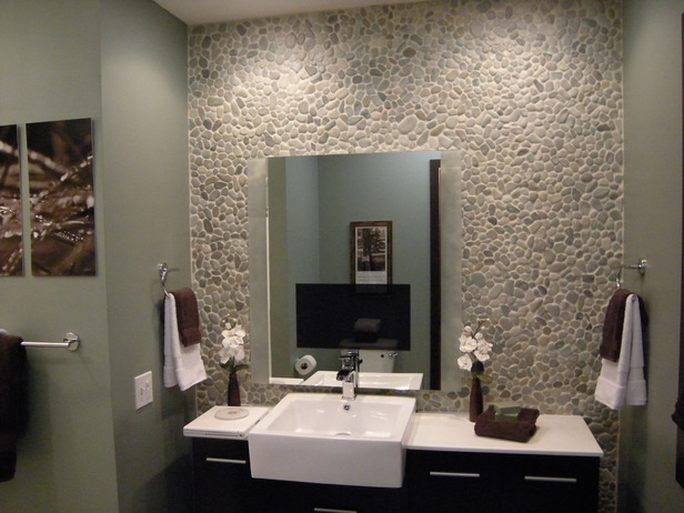 Bathroom Remodeling Work On A Budget (Image 1 of 10)