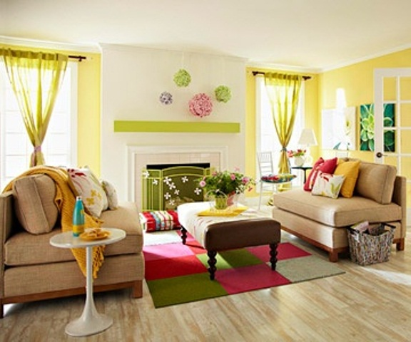 Beautiful Colorful Living Room Design (Image 1 of 10)