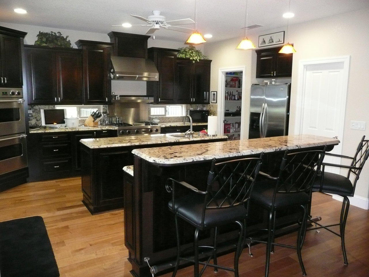 Beautiful Kitchen Remodeling (Image 2 of 10)