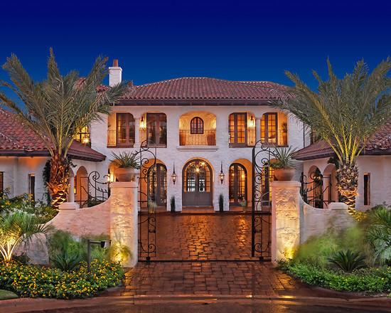 Beautiful Large Florida Home Style (Image 3 of 10)