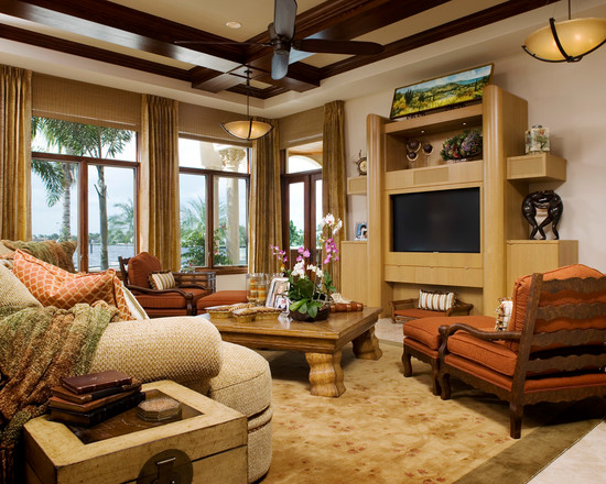 Featured Image of Attractive Living Room With Antique Furniture