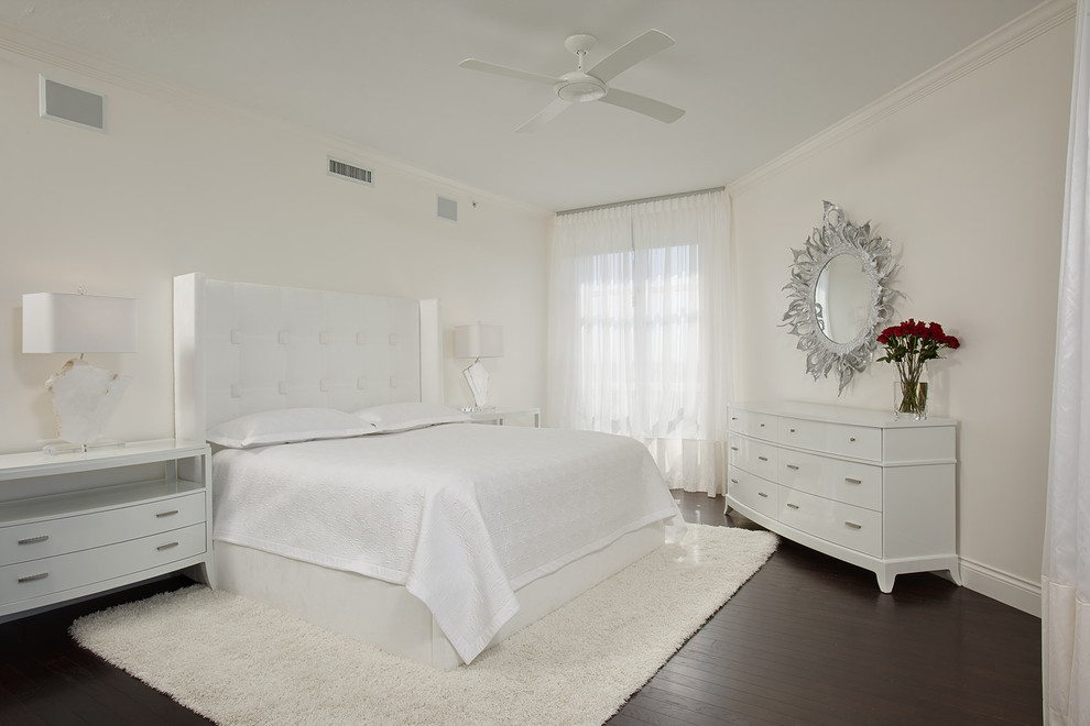 Beauty Contemporary White Bedroom (Image 2 of 11)