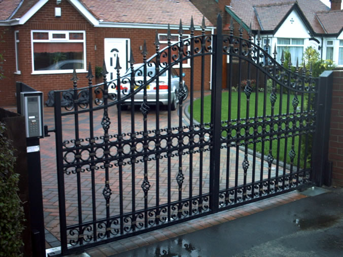 Custom Wrought Iron Driveway Gates (Image 4 of 10)