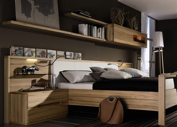 Dreamy Bedroom With Beauti Wood Furniture (Image 3 of 10)