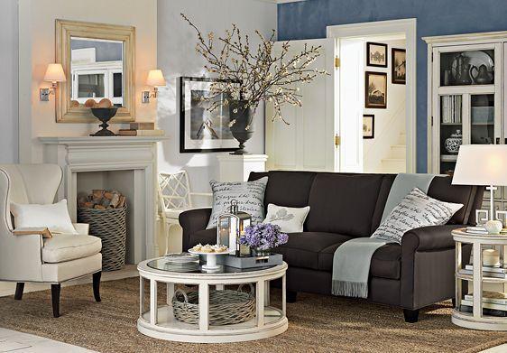 Elegant Guest Room Decoration (Image 2 of 10)