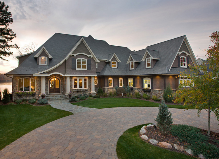 Luxurious european home exterior with vaulted ceilings for Home plans with vaulted ceilings