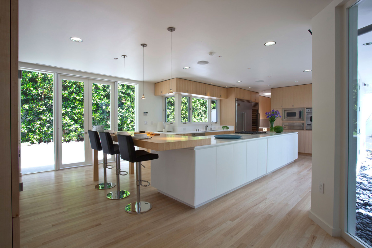 Fabulous Modern Kitchen Interior (Image 4 of 10)
