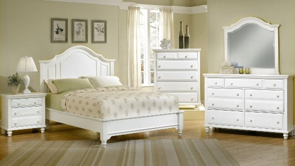 getting white bedroom furniture image 4 of 11