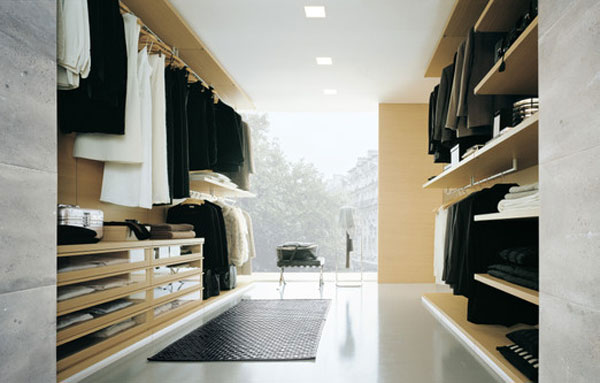 Luxurious Walk In Closets Designs (Image 5 of 10)