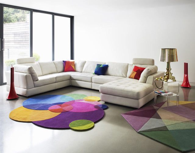 Modern Living Room Design With Light And Bright Colors (Image 10 Of 10)