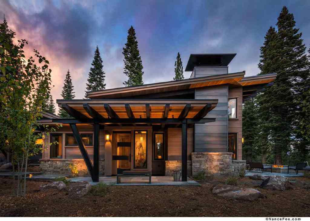 Modern Retreat Mountain House (Image 4 of 8)