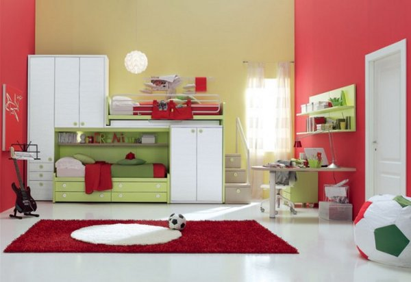 Pretty Kids Bedroom With Simple Furniture (View 4 of 10)
