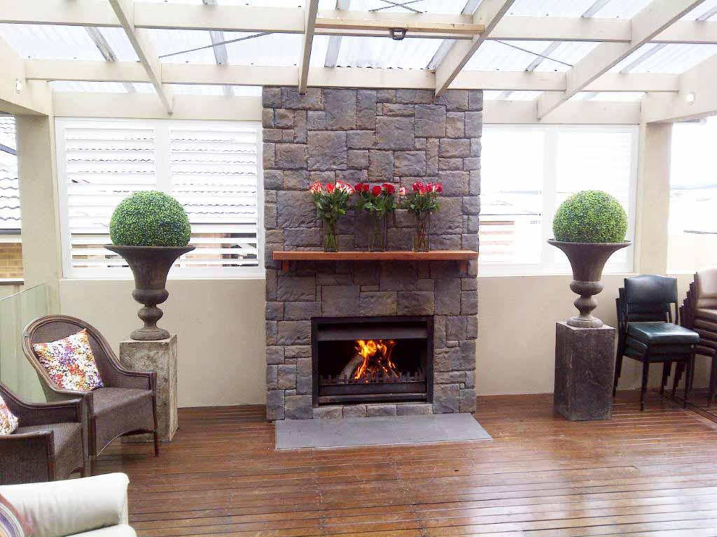 Simple Stone Veneer Fireplace (View 8 of 10)