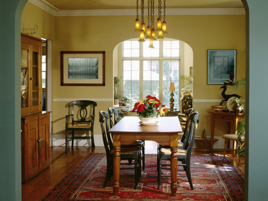 Small Dining Room Decoration Ideas (Image 6 of 10)