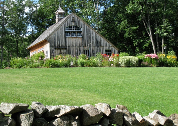 The Carriage House From The Property Entry (Image 8 of 9)