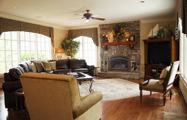 Warm And Inviting Living Room Improvement (Image 10 of 10)