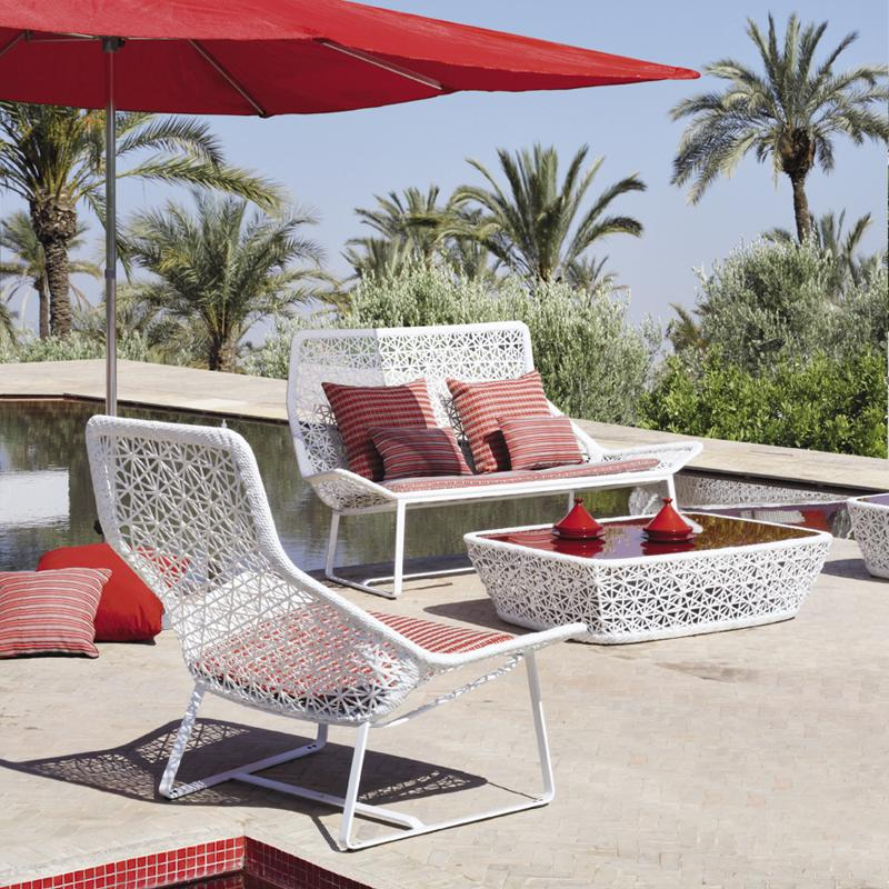 White Alumunium Patio Furniture Design (Image 14 of 14)
