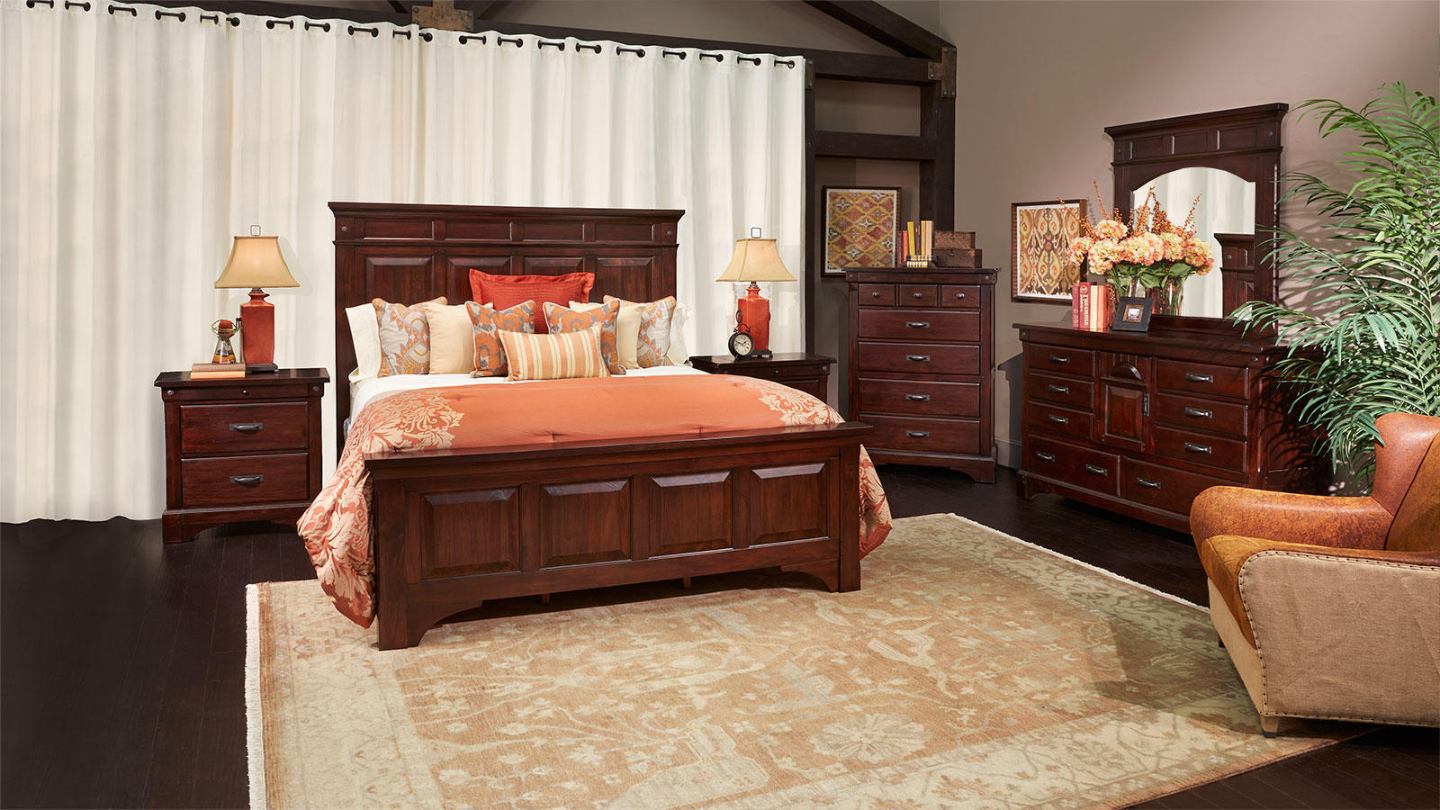 2015 Traditional Bedroom Furniture Decor (Image 2 of 9)